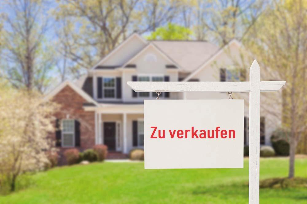 https://www.lauterberg-immobilien.de/wp-content/uploads/2019/05/iStock-177722838_Haus_verkaufen_klein.jpg